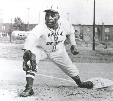 Charleston in 1942 as a first baseman and manager for the Philadelphia Stars.
